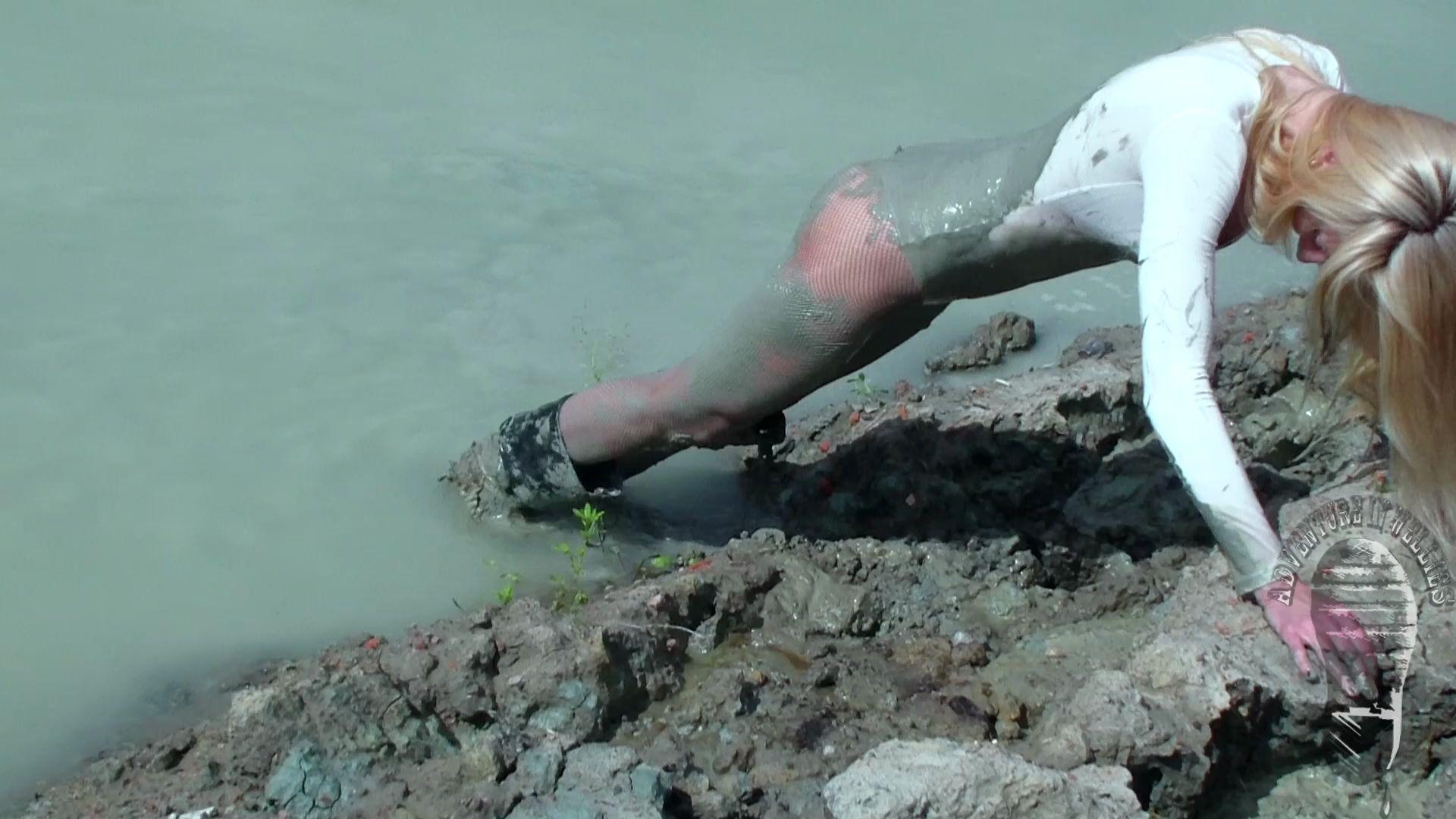 Идеальное время для флудинга в средней полосе... Wet-and-dirty-heels_18